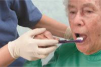 سلامت دهان و دندان در بیماران آلزایمر
